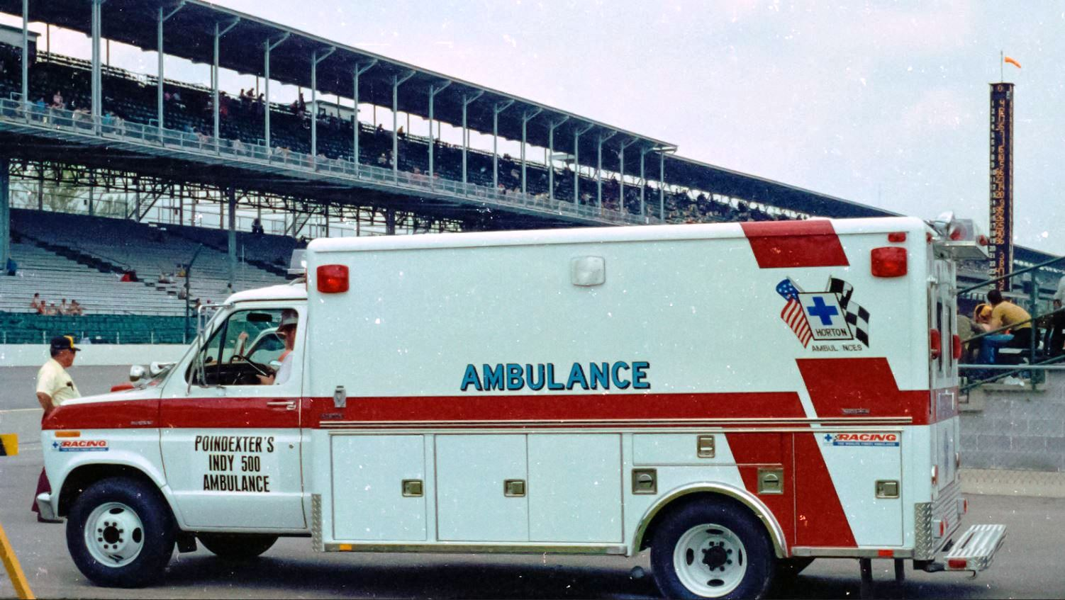 1980 ambualnce - 1