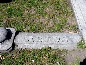 Les funérailles d'Astor 190120064233503730