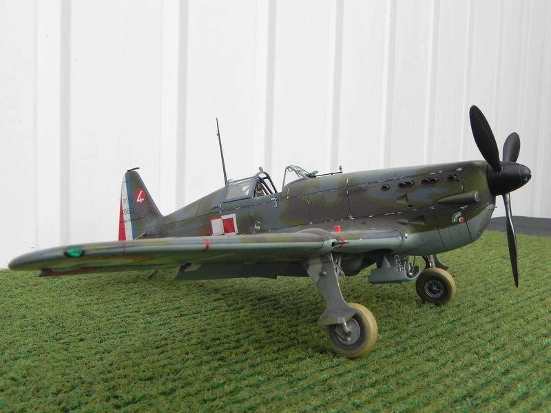 Yak3 Special Hobby 1/32   Déco de la VVS  - Page 38 190129100920125083