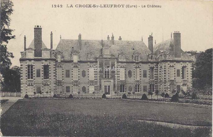 27-la-croix-saint-leufroy-le-chateau-inconnu-1242