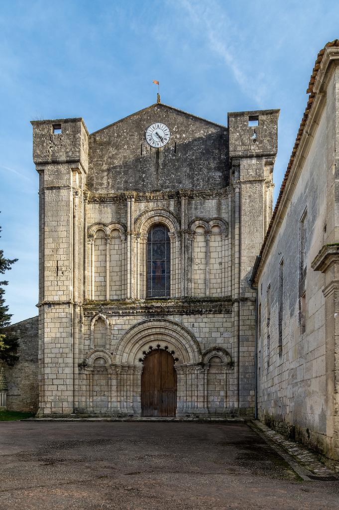 Abbaye De Bassac 190209061251506394