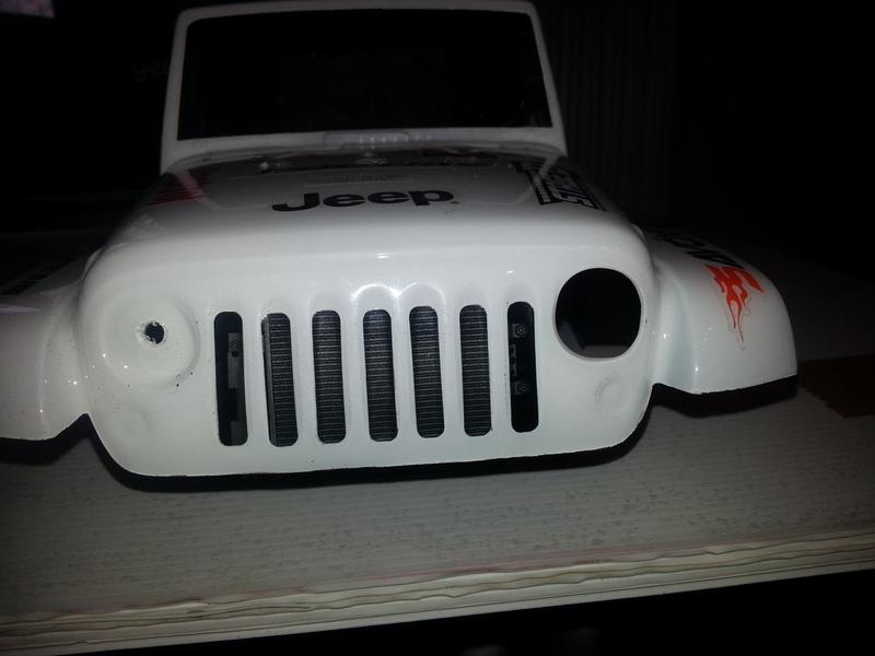 créer des phares ou des feux arrière quand la carro lexan n'en a pas ...  190224082006339812