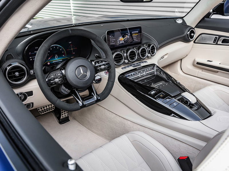 Mercedes-Benz AMG GT R Roadster Interior