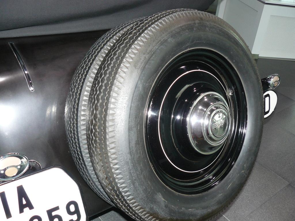 P1880282