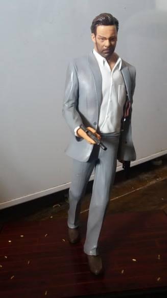 Aide custom Max Payne 25cm 190317022219655943