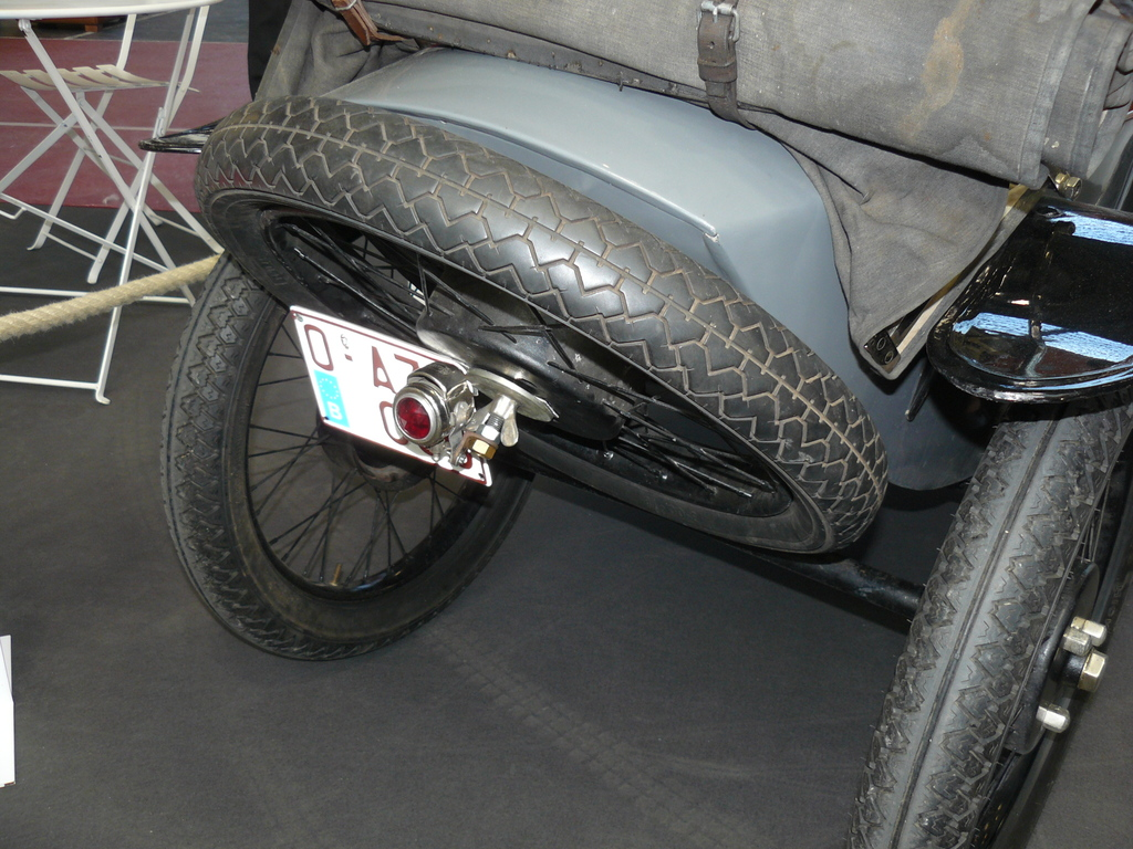 P1930628