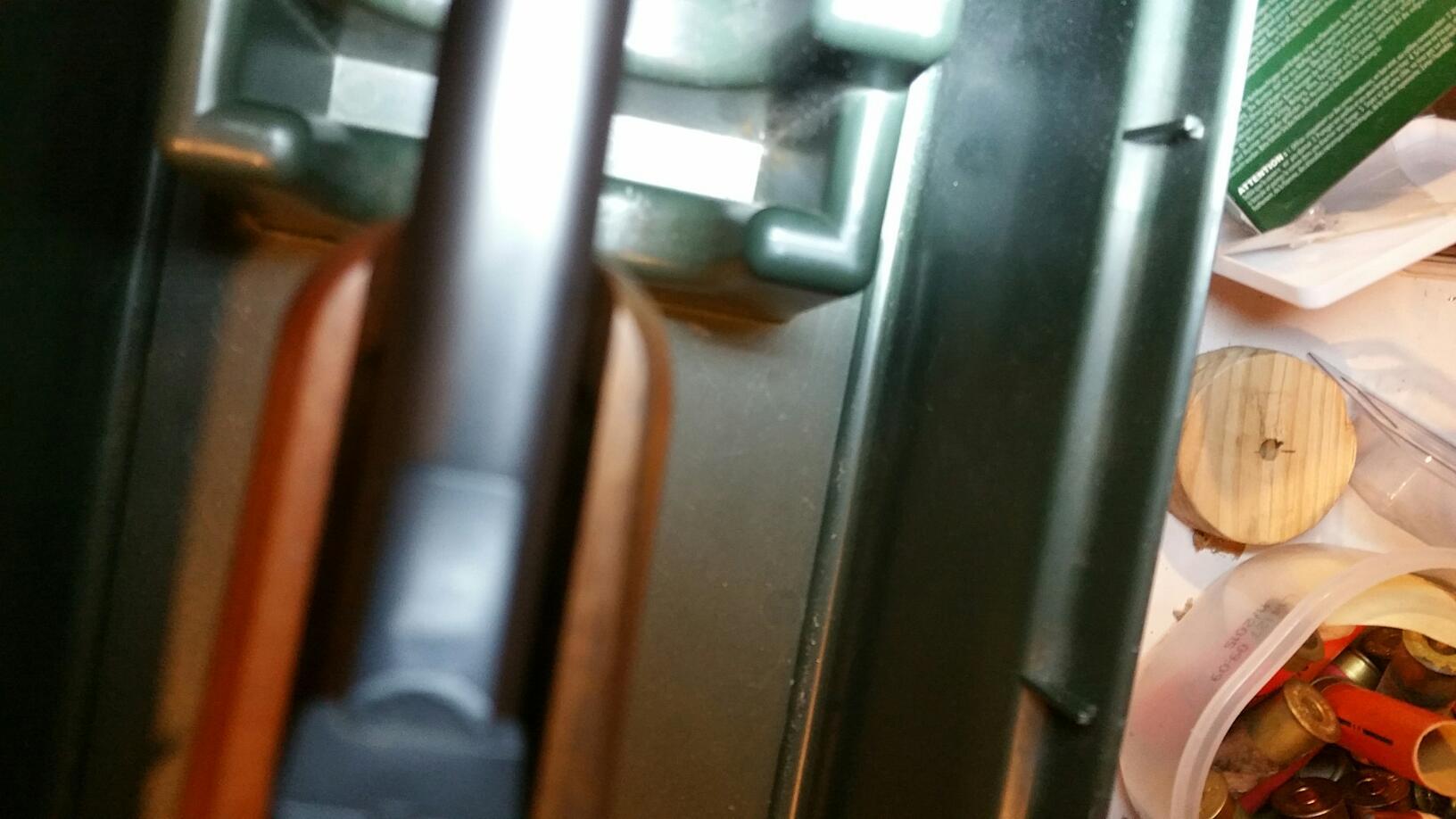 Renforcement devant crosse plastique  19032406551115414