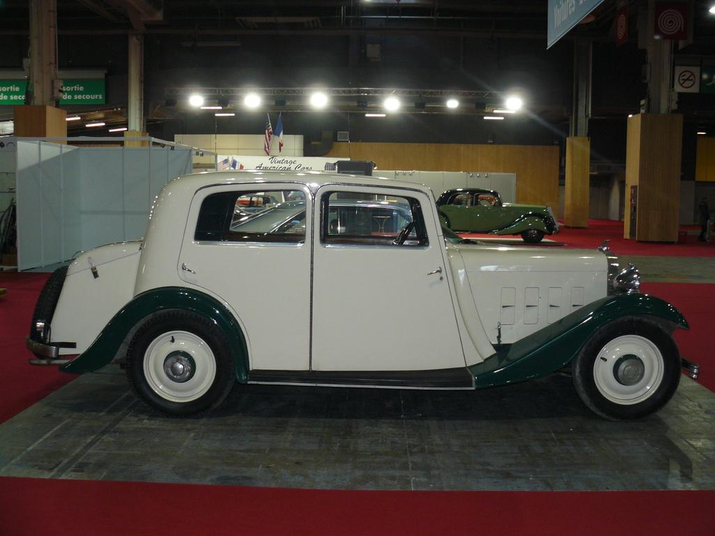 P1930776