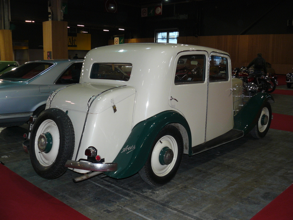 P1930775