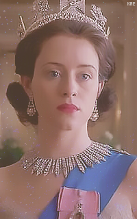 Claire Foy  190329114400305521
