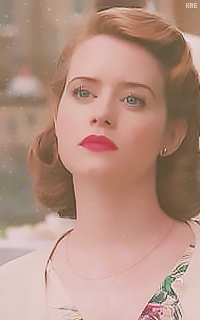 Claire Foy  190329114401653781