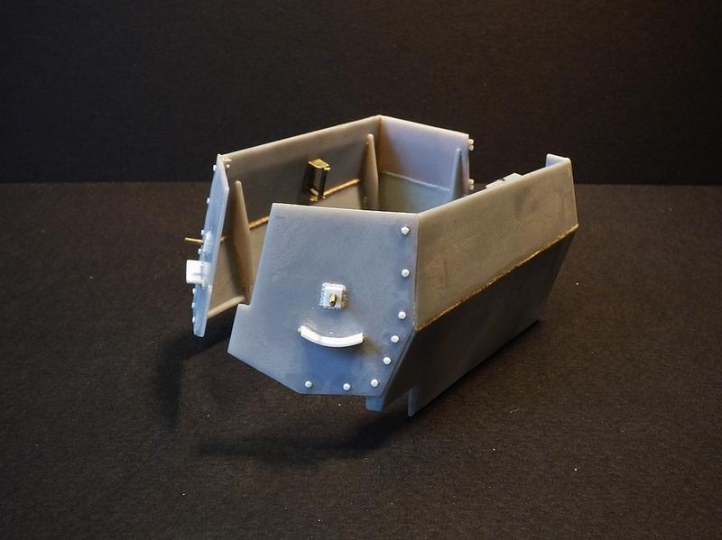 15 cm sFH.13/1 auf Geschutzwagen Lorraine-Schlepper Sd.Kfz. 135/1   RPM 1/35 ème  - Page 2 19033008075525414