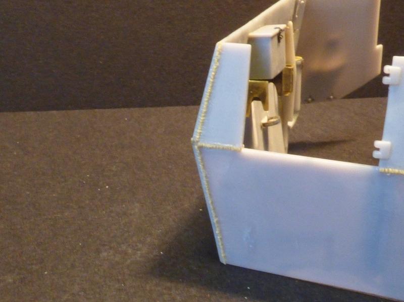 15 cm sFH.13/1 auf Geschutzwagen Lorraine-Schlepper Sd.Kfz. 135/1   RPM 1/35 ème  - Page 2 190330080824265848