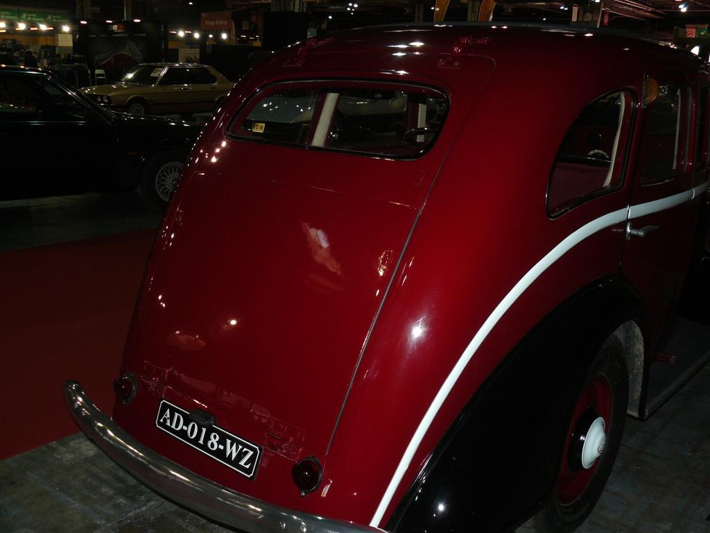 P1930839