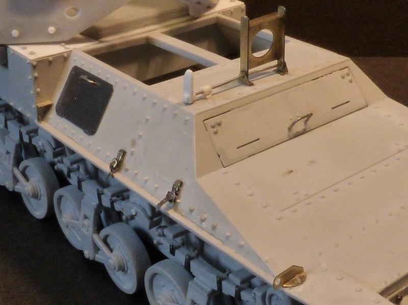 15 cm sFH.13/1 auf Geschutzwagen Lorraine-Schlepper Sd.Kfz. 135/1   RPM 1/35 ème  - Page 2 1904030931529678