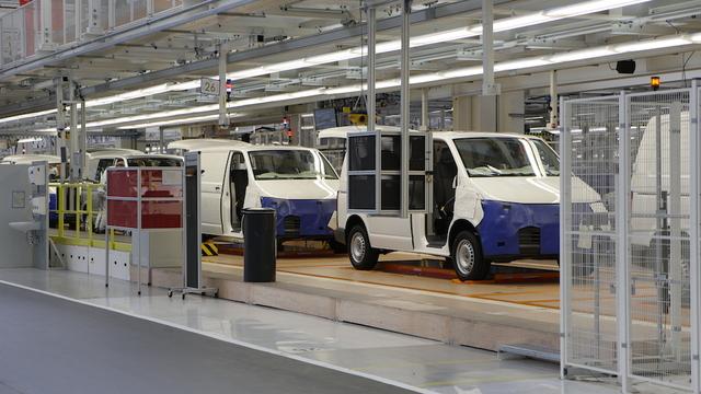 VolkswagenT6_Transporter_assembly_werkHannover_02 (1)