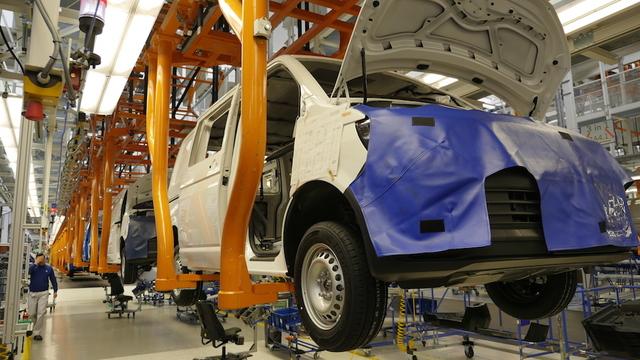 VolkswagenT6_Transporter_assembly_werkHannover_04