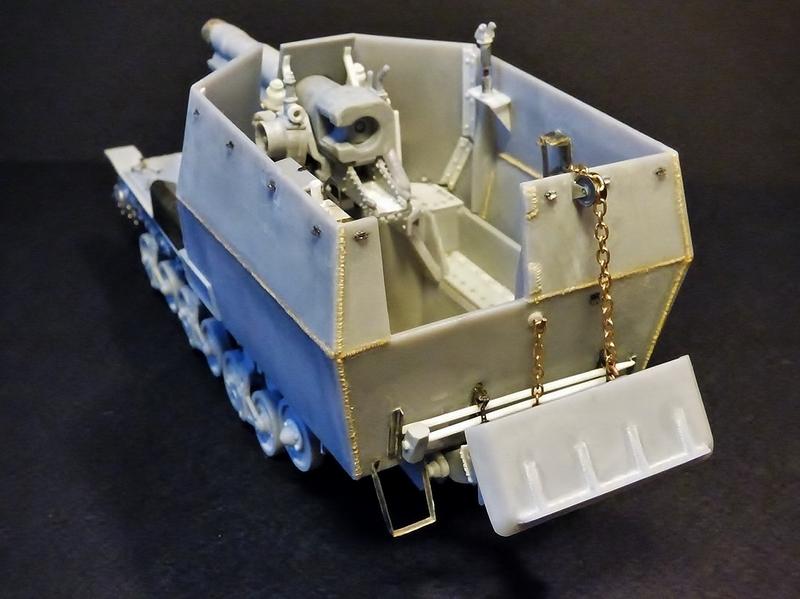 15 cm sFH.13/1 auf Geschutzwagen Lorraine-Schlepper Sd.Kfz. 135/1   RPM 1/35 ème  - Page 3 190405062143818631