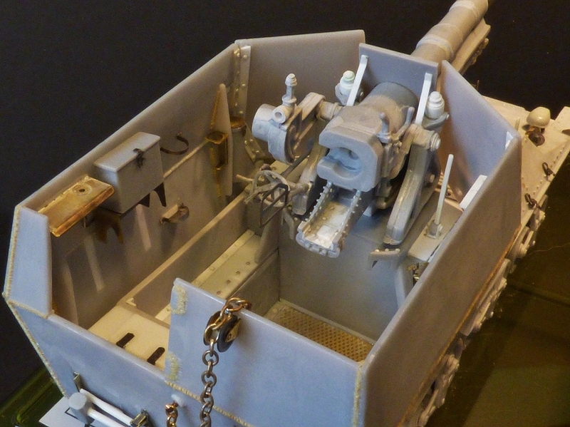 15 cm sFH.13/1 auf Geschutzwagen Lorraine-Schlepper Sd.Kfz. 135/1   RPM 1/35 ème  - Page 3 190405062528727622