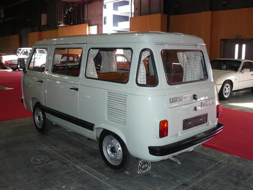 P1930954