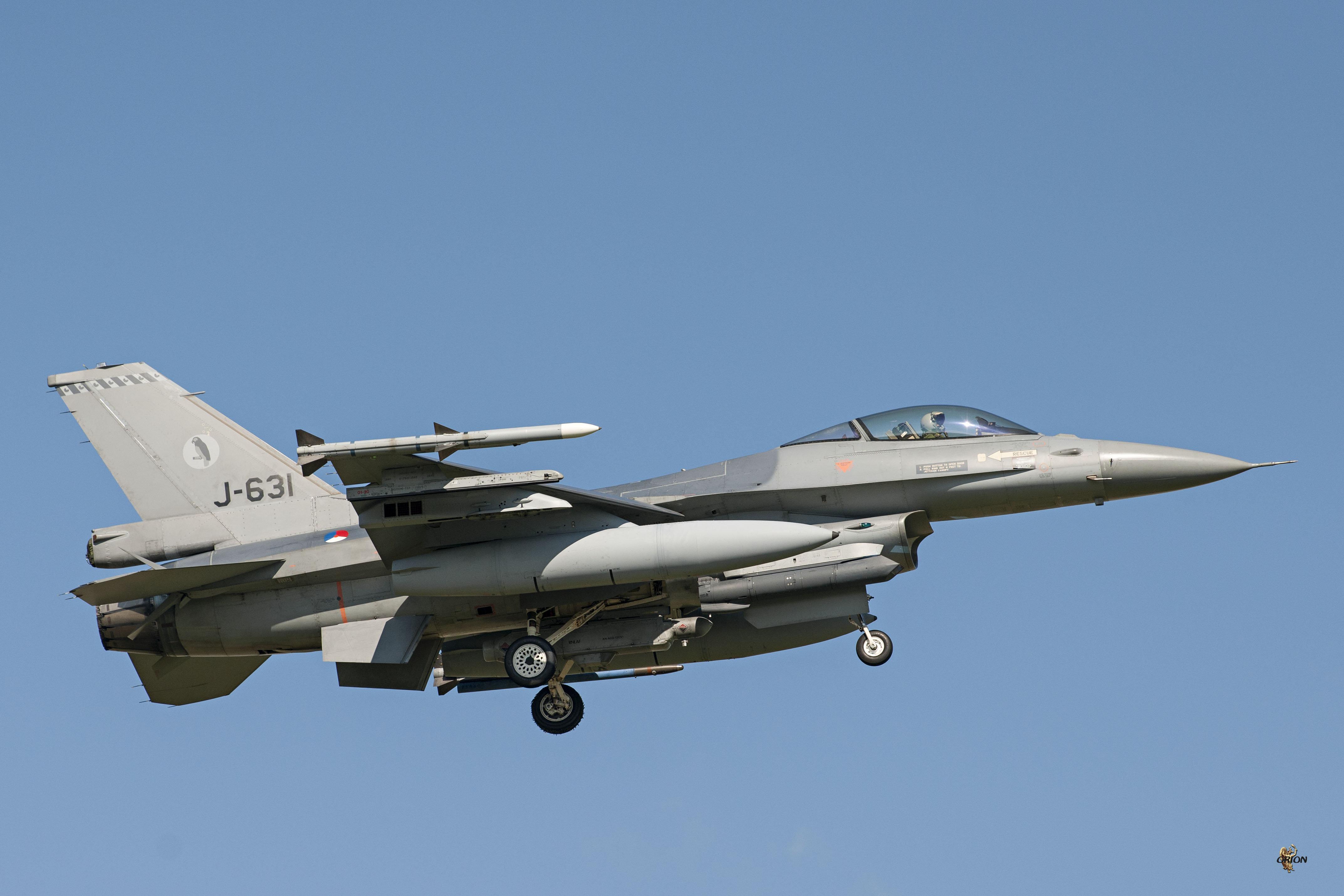 F-16A_D3C2290