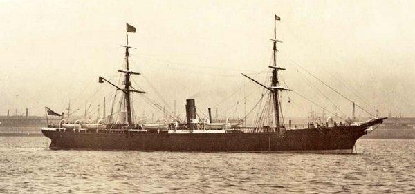 Quels sont vos paquebots préférés de la Cunard Line ? 190417071949391952