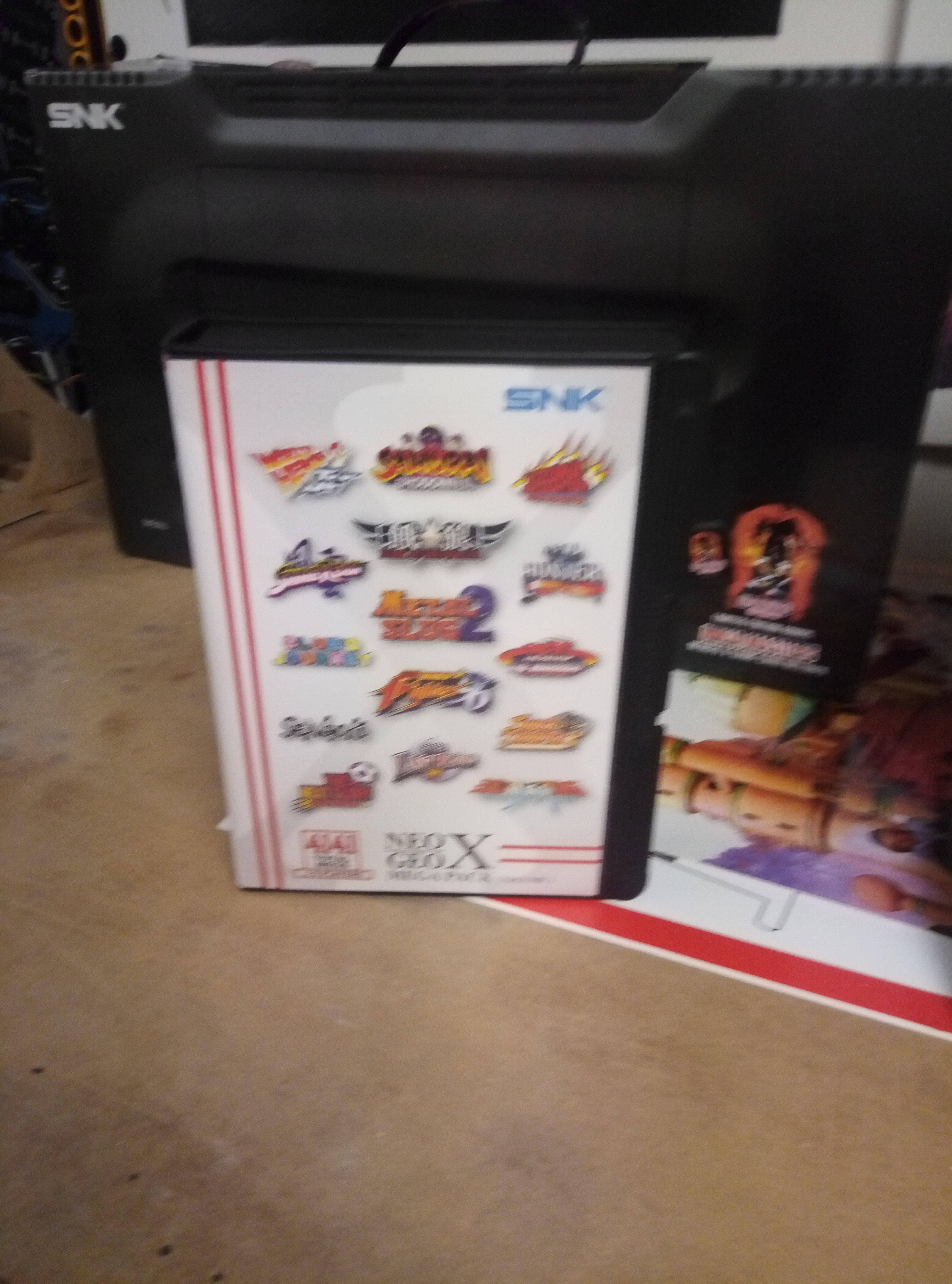 [VENDU] NeoGeo Pocket + NeoGeo X + Flashmasta le tout en box + GameCube 190418060352433132