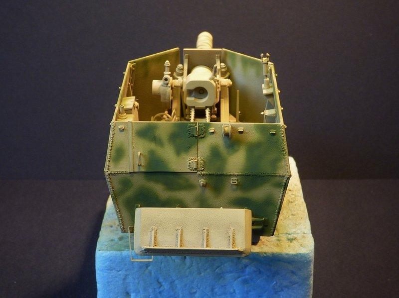 15 cm sFH.13/1 auf Geschutzwagen Lorraine-Schlepper Sd.Kfz. 135/1   RPM 1/35 ème  - Page 3 190419052707575213
