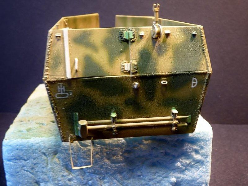 15 cm sFH.13/1 auf Geschutzwagen Lorraine-Schlepper Sd.Kfz. 135/1   RPM 1/35 ème  - Page 4 190502085730333760