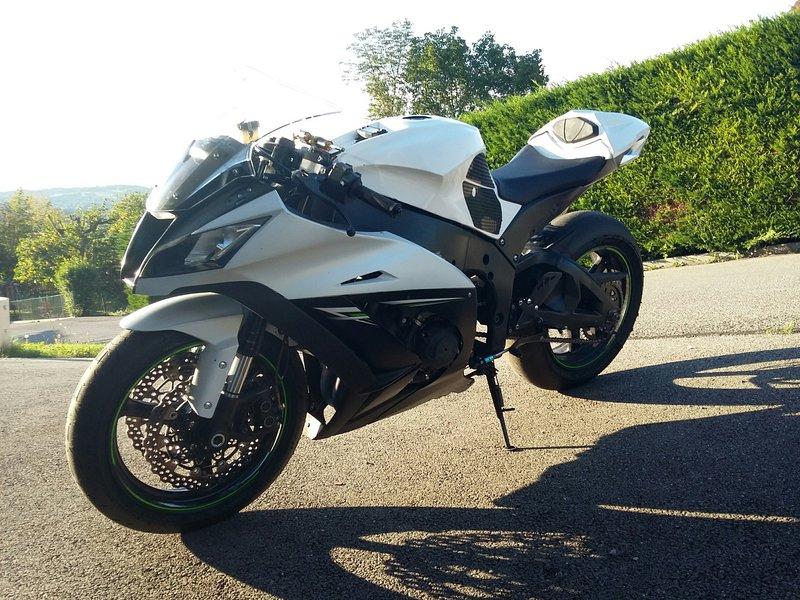 Kawasaki 1000 ZX-10R 2014 avec CG - 10500 KM - 7 400 € 190506094435218685