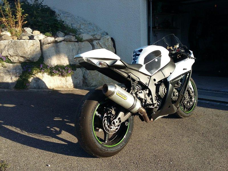 Kawasaki 1000 ZX-10R 2014 avec CG - 10500 KM - 7 400 € 190506094459431499