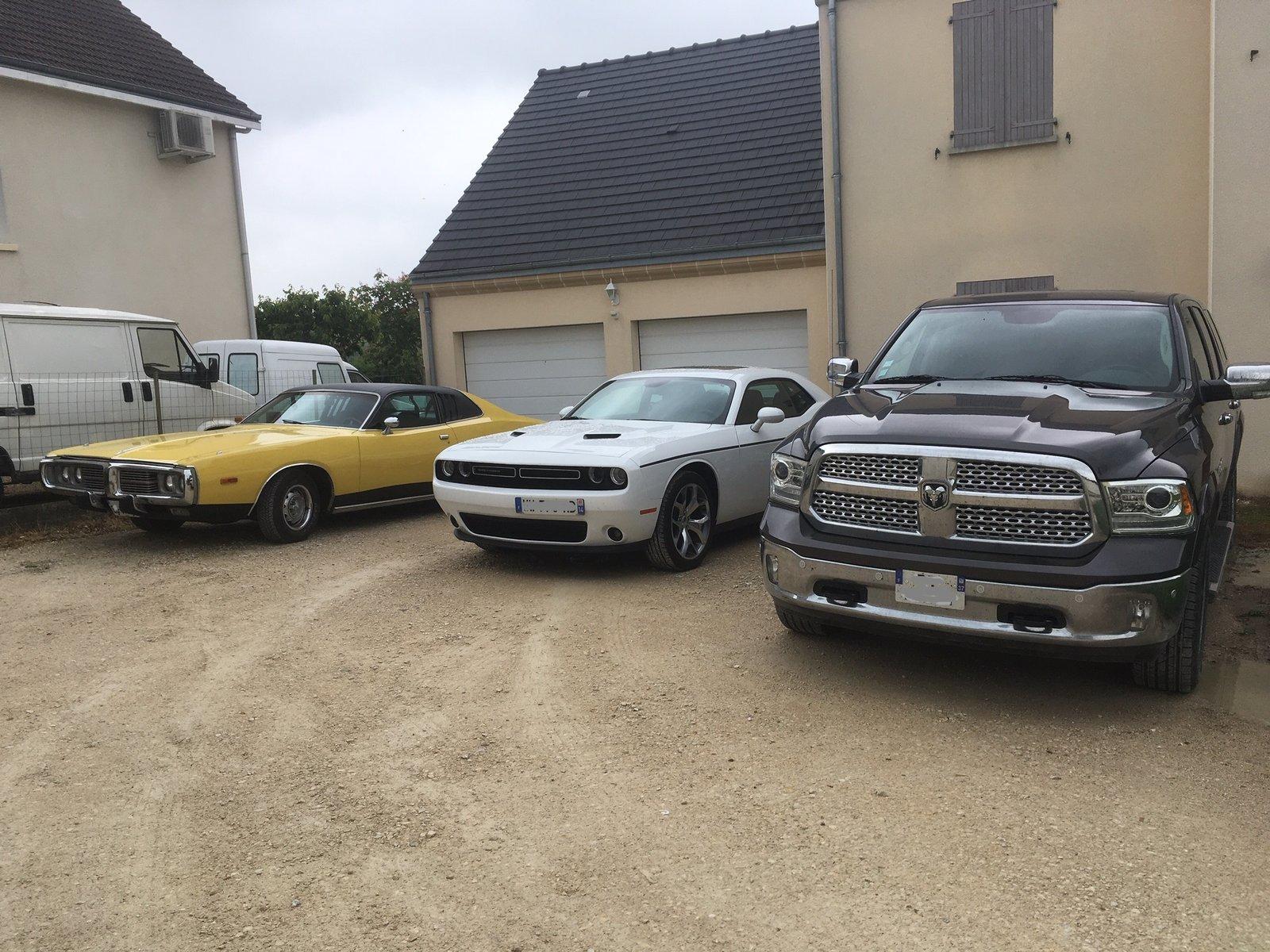 Challenger SXT Plus 2016 19052111230738288