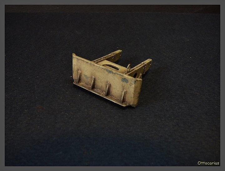 15 cm sFH.13/1 auf Geschutzwagen Lorraine-Schlepper Sd.Kfz. 135/1   RPM 1/35 ème  - Page 4 190526074954798477