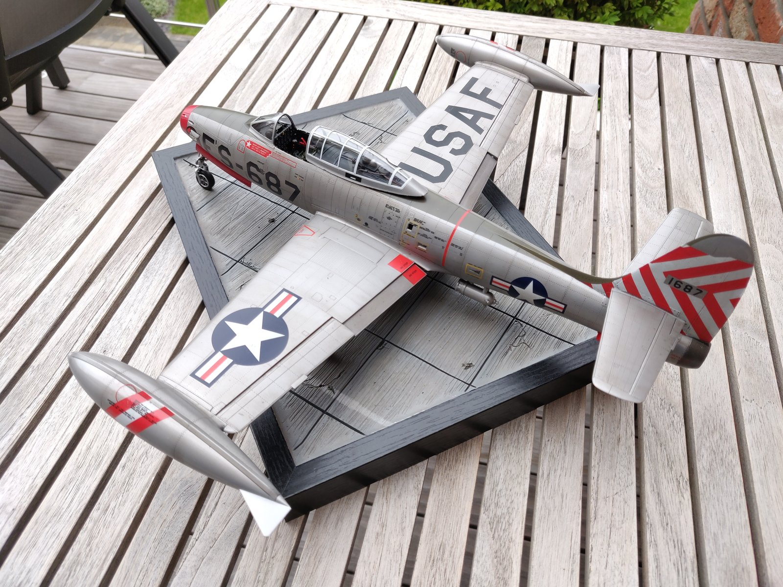 "[Concours ""ça brille""] F-84E Thunderjet  190609030136596975"