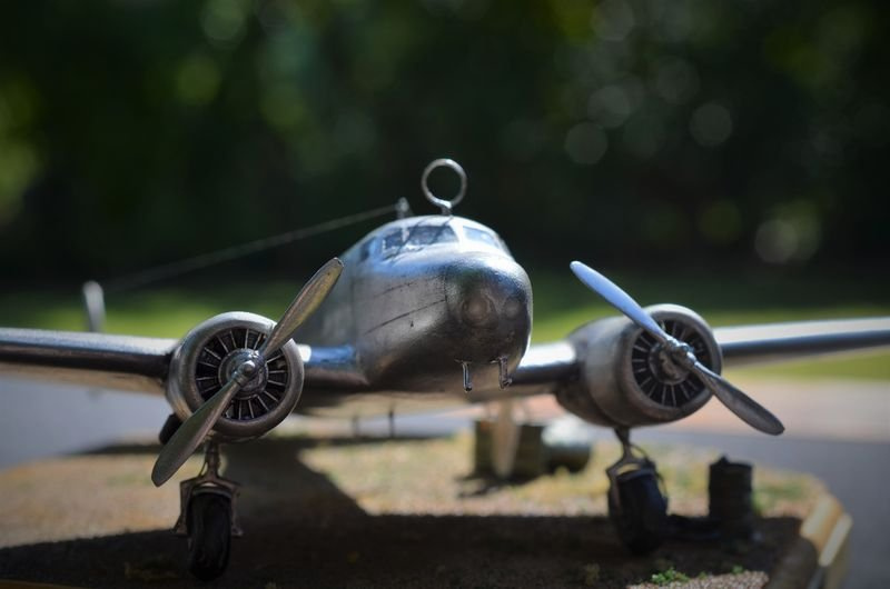 """[CONCOURS """"Ca brille""""] Lockheed Electra - Amelia Earhart - Special Hobby - 1/72 - Page 4 190609064507895972"""