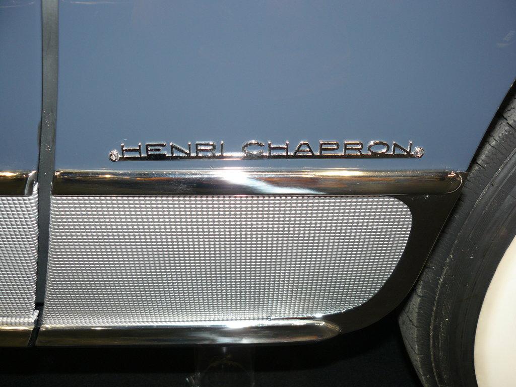 P1940677