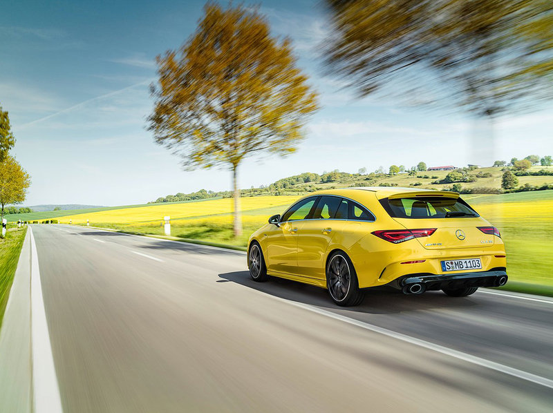 Mercedes-Benz CLA 35 AMG Shooting Brake (4 cylindres turbo 2.0 L)