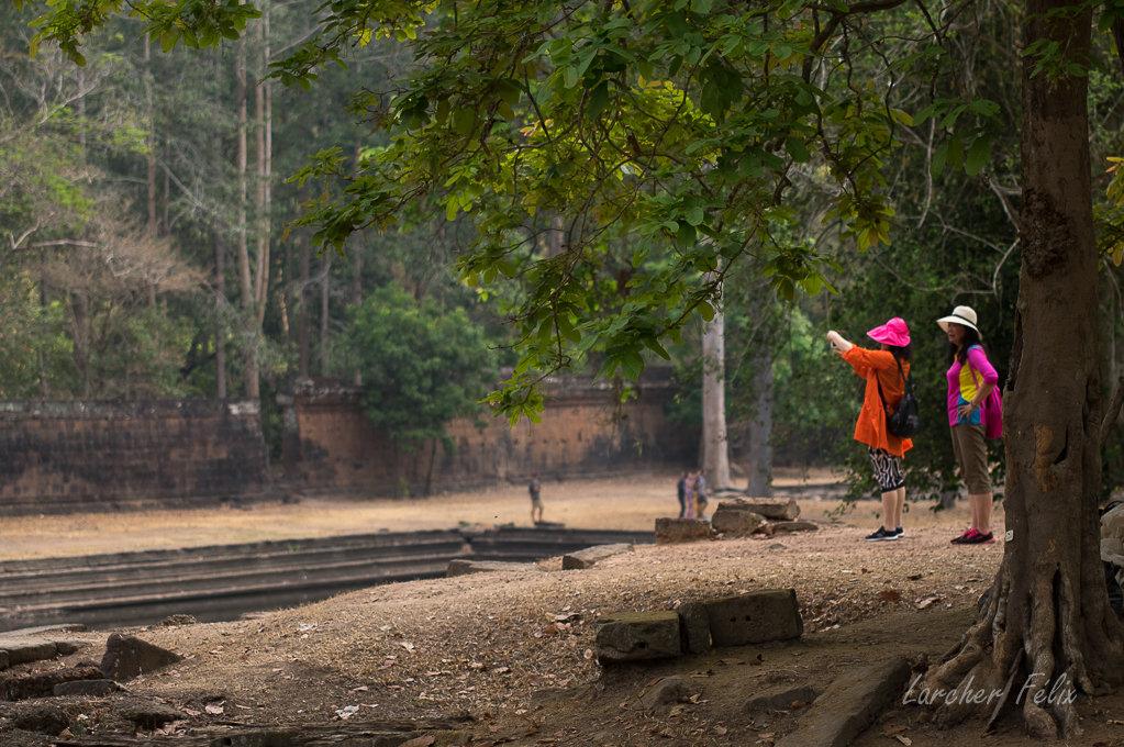 Fil orange dans les temples d'Angkor 190615073100429743