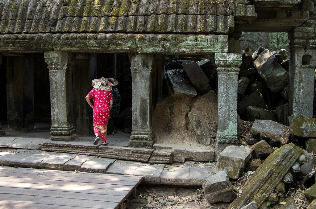 Fil orange dans les temples d'Angkor 190615073127848019