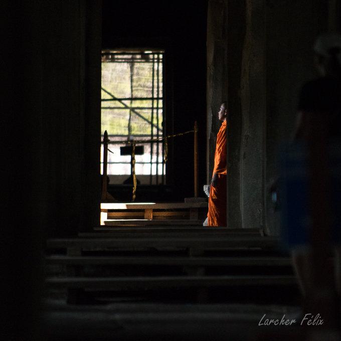 Fil orange dans les temples d'Angkor 190615073139150074
