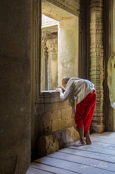 Fil orange dans les temples d'Angkor 190615073145198341