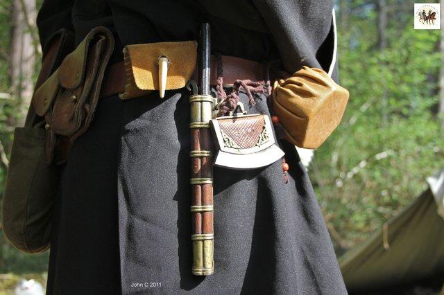 CULTURE BASHKIR : le Briquet à percussion pour allumer le feu 190617074411494015