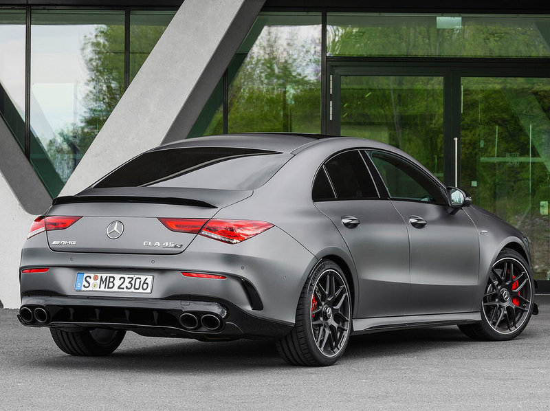 Mercedes-Benz CLA 45 S AMG (4 cylindres turbo 2.0 L)