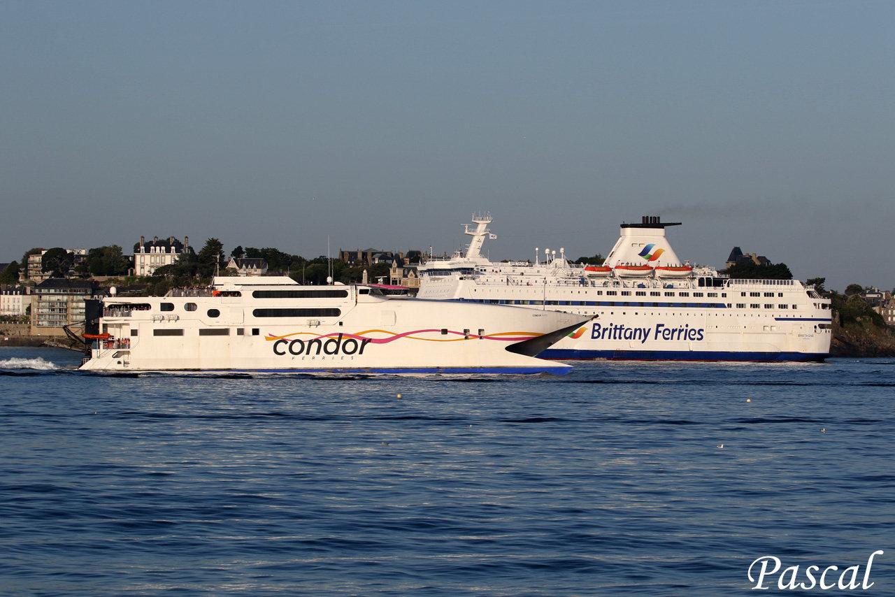 Port de Saint-Malo, cité corsaire !! - Page 26 190716060732116118