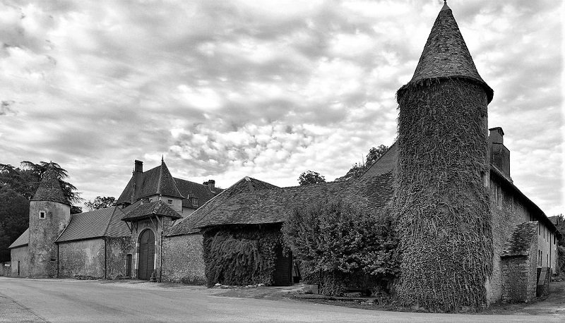 1200px-Bonnay,_le_château