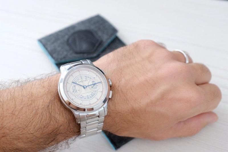 Akrone : des montres, tout simplement - Page 14 190810034124652095