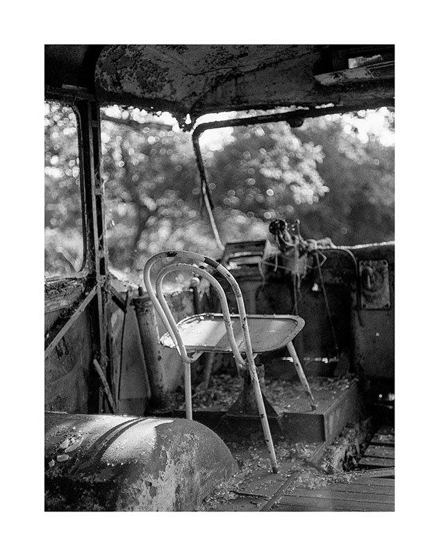 scan Bus abandonné chaise