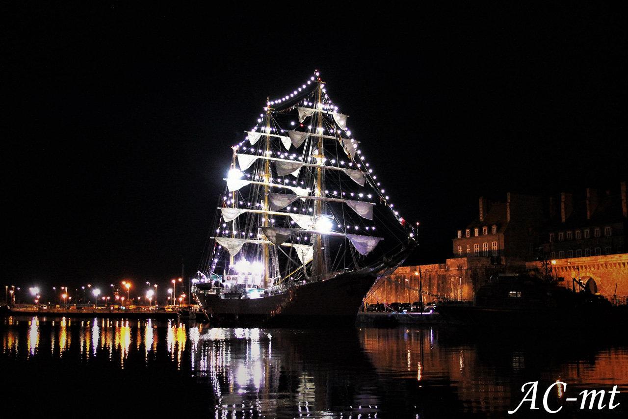 Port de Saint-Malo, cité corsaire !! - Page 26 190814113647415644