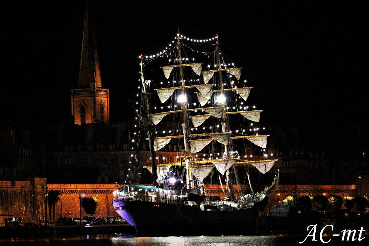 Port de Saint-Malo, cité corsaire !! - Page 26 190814113729368667