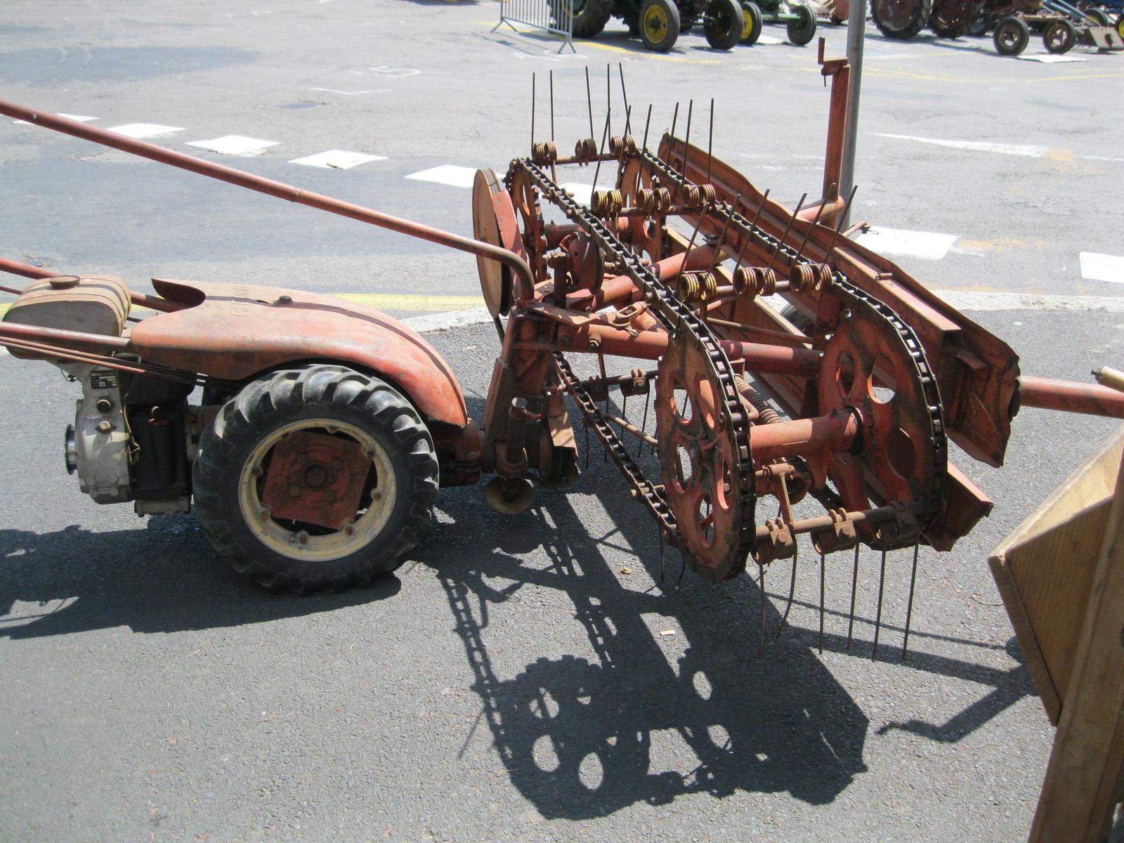 véhicules et matériel ancien  190818073230816998
